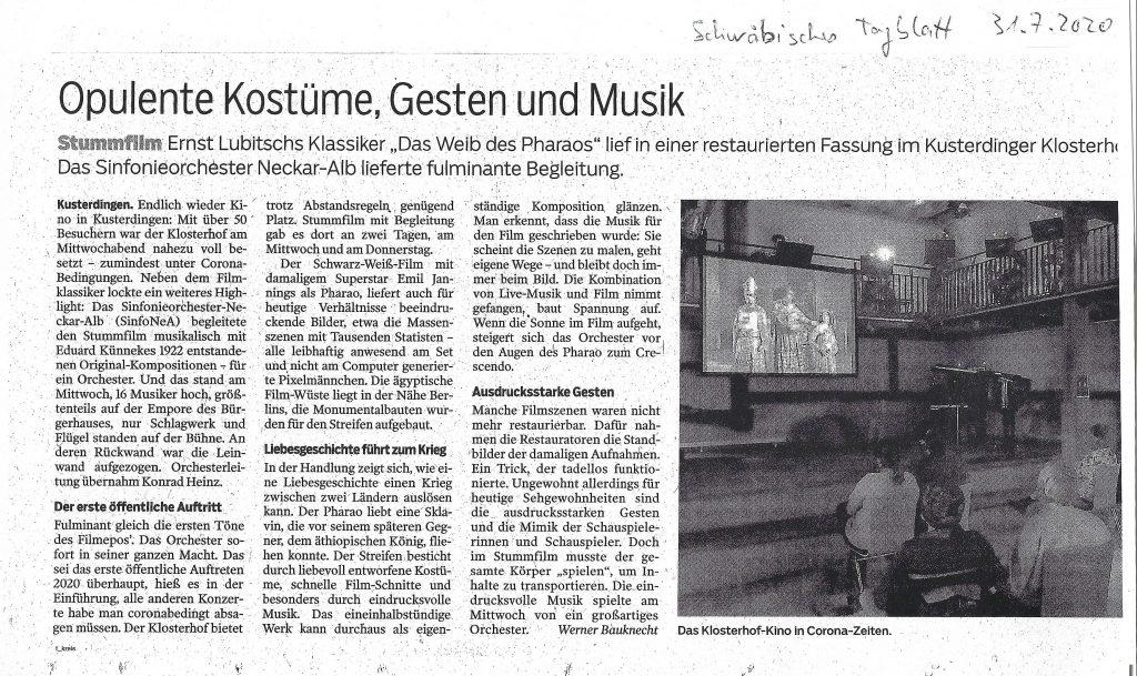 """Ernst Lubitschs Klassiker """"Das Weib des Pharaos"""" lief in einer restaurierten Fassung im Kusterdinger Klosterhof mit Begleitung des Sinfonieorchester Neckar-Alb. Besprechung im Schwäbischen Tagblatt vom 31.07.2020."""